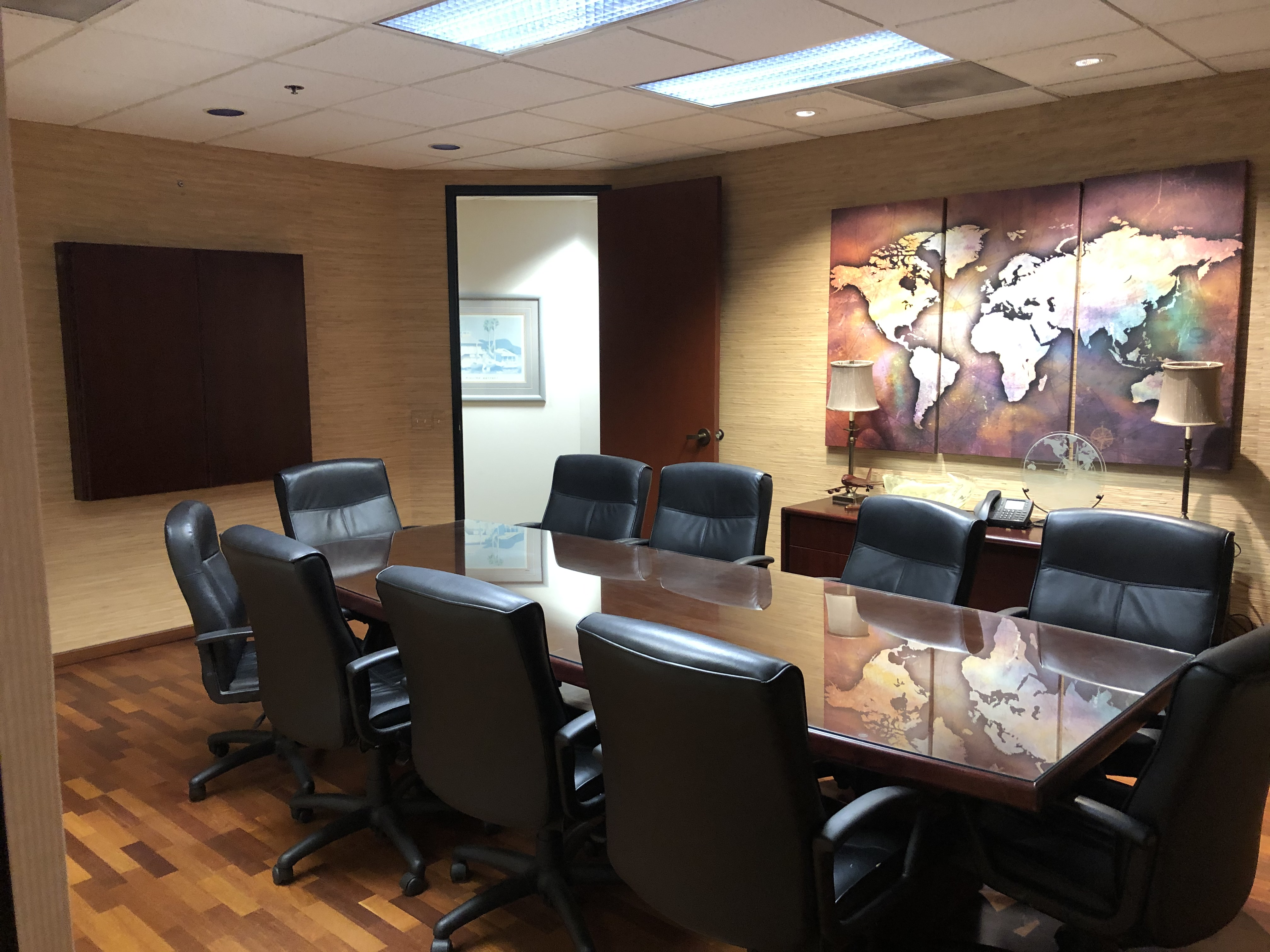 9710 Scranton Rd Sublease San Diego, CA 92121 Conference Room