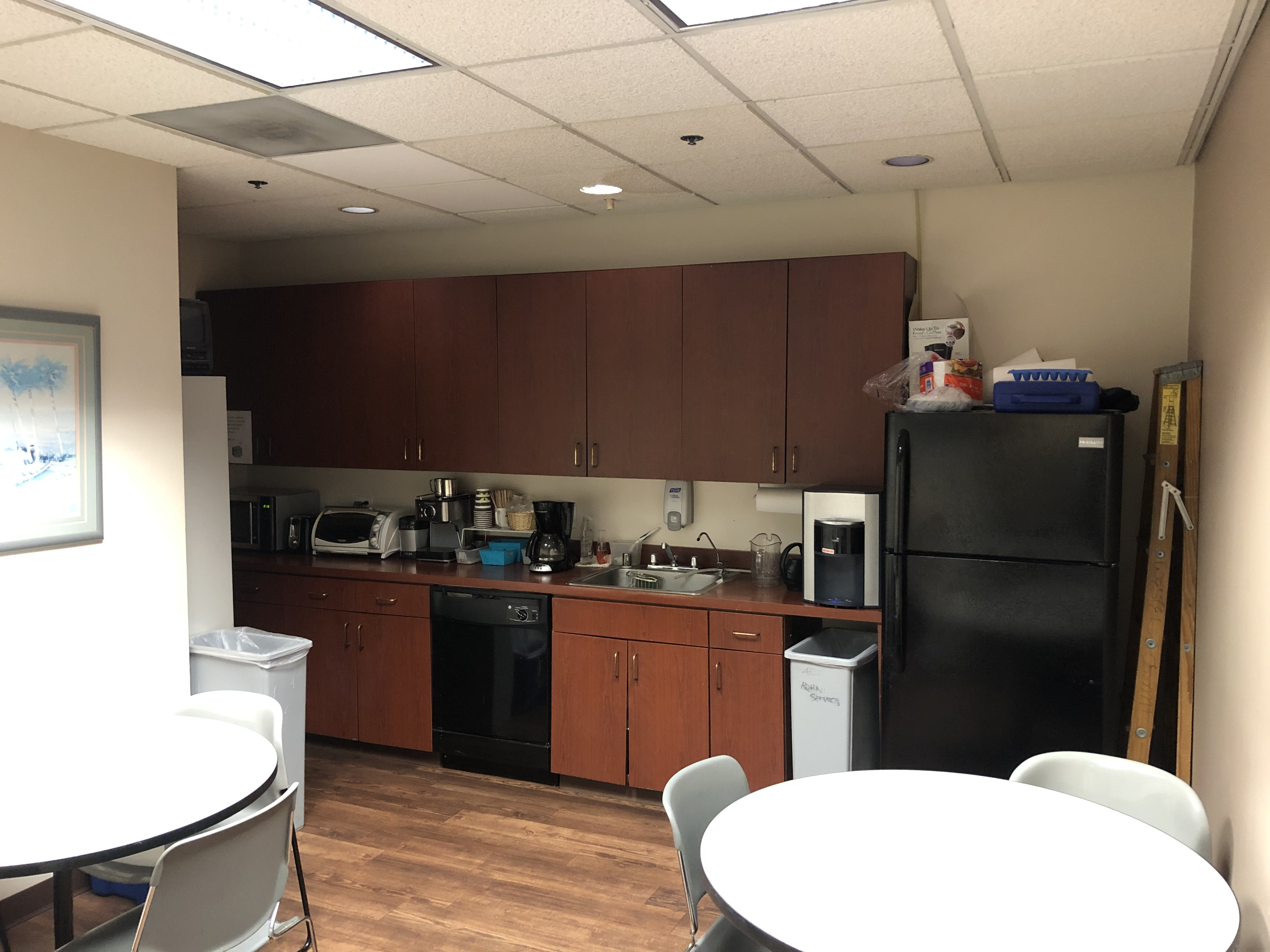 9710 Scranton Rd Sublease San Diego, CA 92121 Kitchen